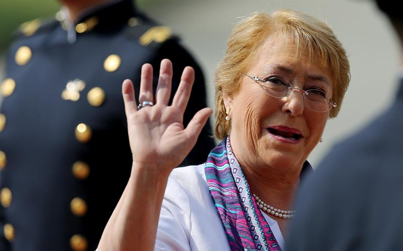 "Bachelet: the next president of Chile ""will receive a country in recovery"""