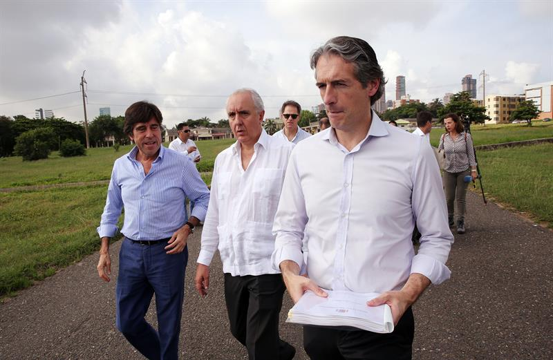The Spanish Minister of Development highlights the priority of Colombia in infrastructure